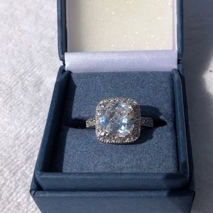 Jewelry - Beautiful princess Halo ring